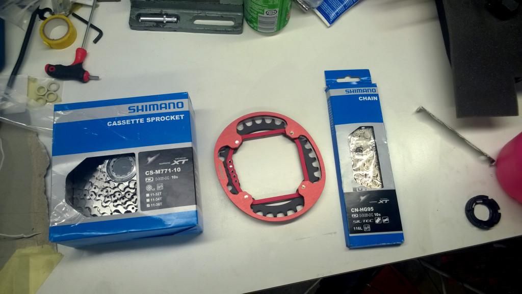 1x10 parts (shimano XT 11-36 + doval 30T + XT chain)