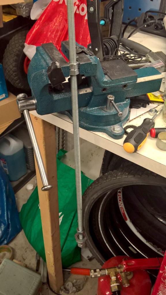 fork_bushing_extractor_tool_setup