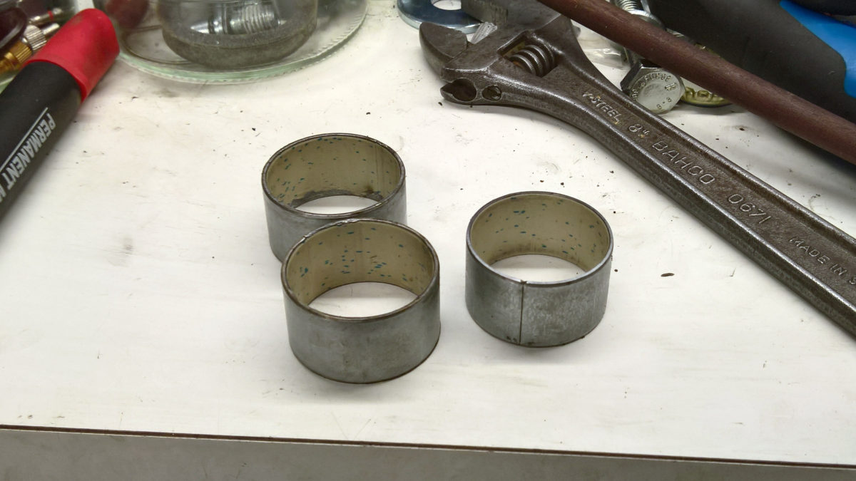 Recon Silver bushing replacement part 1: removal